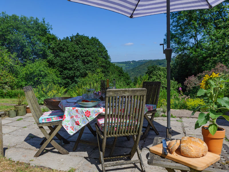 Excellent Cleddon Cottage Family Holiday Home For 7 Explore Woods Beutiful Home Inspiration Xortanetmahrainfo