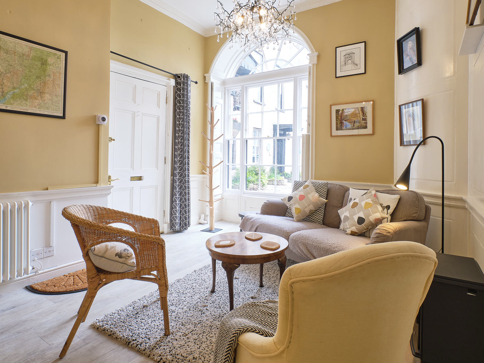 144da384e Courtyard Studio - Perfect for a couple - apartment in Monmouth for ...